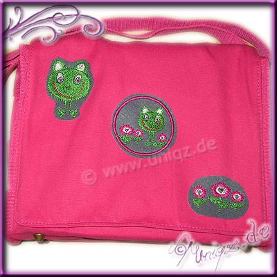 Kindertasche mit Froschmotiven, auf Wunsch auchmit Namen.