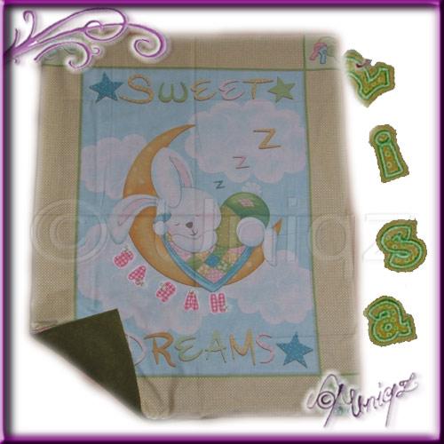 Materialpackung - Babydecke MONDHASE mit fertig gestickten Buchstaben