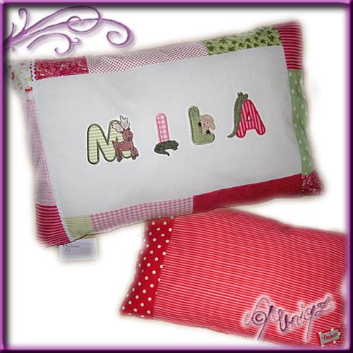 Kissen mit Namen, Einzelstück in rosa-rot-grün