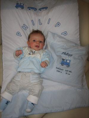 Bw.-Babydecke mit Appliktionen, Kissenhülle zur Geburt mit Namen, Daten und Lokomotive