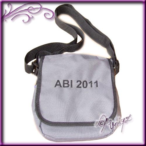 Abiturgeschenk: Tasche mit Stickerei - Abi 2011
