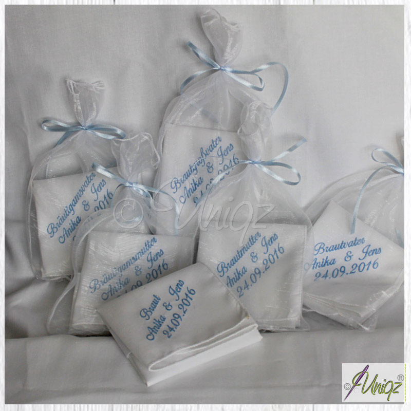 Hochzeit - bestickte Taschentücher für die Familie