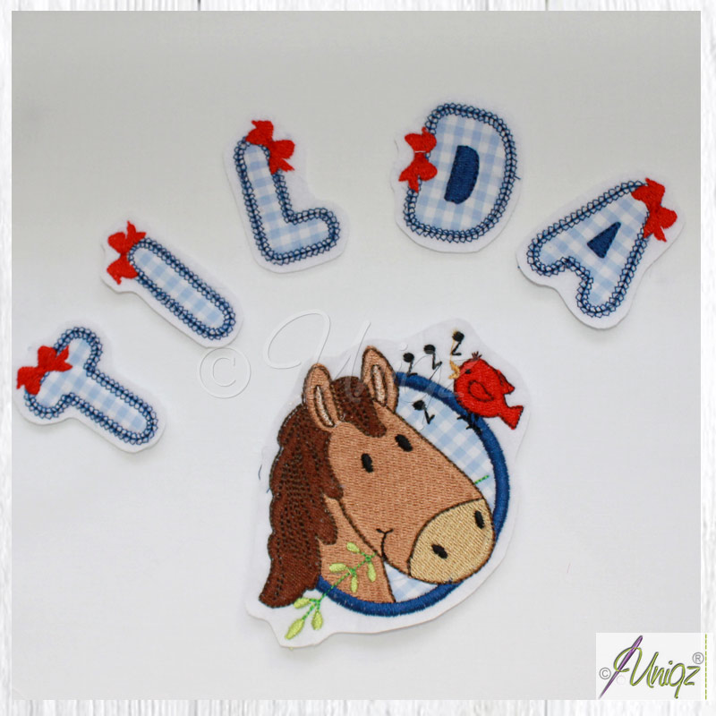 Pferdekopf mit Buchstaben zum selbst aufnähen oder kleben