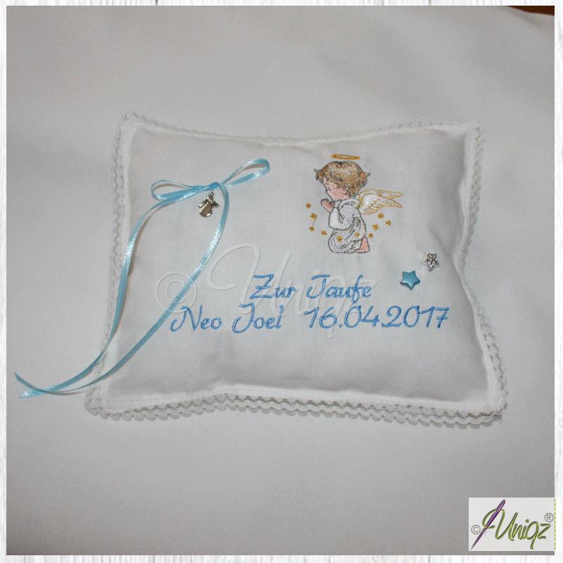Minikissen mit Schutzengel, Namen und Datum zur Geburt oder Taufe.