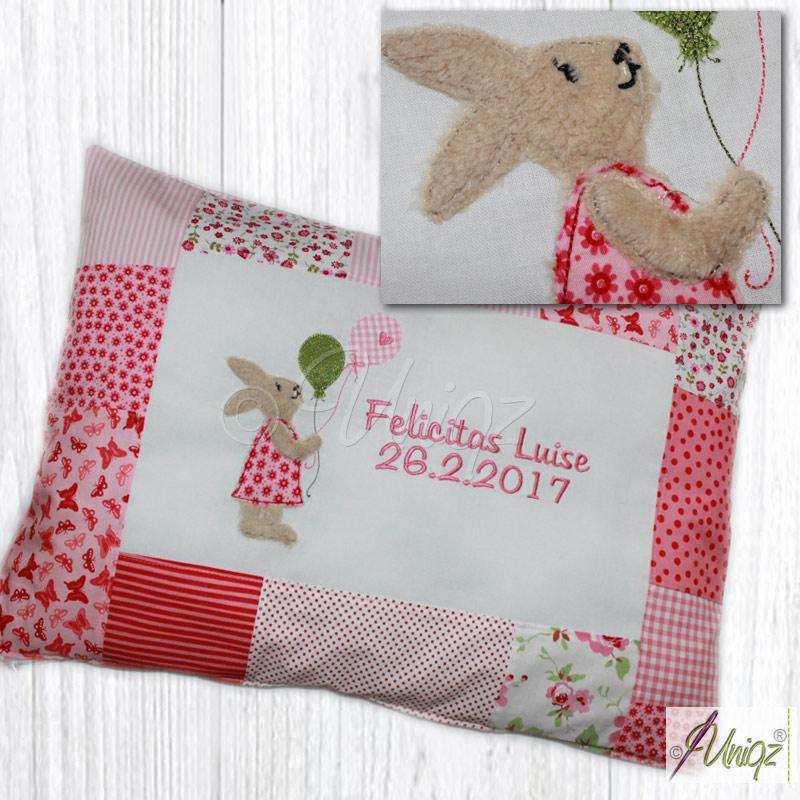 Namenskissen mit Geburtsdatum und Hasenmädchen