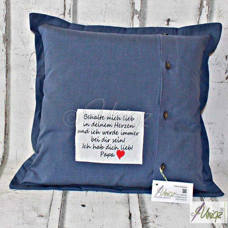 Erinnerungs- oder Vergissmeinnicht-Kissen aus dem Hemd vom Vater