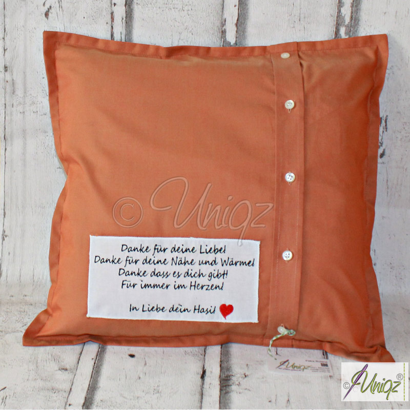 Vergissmeinnicht-Kissen aus dem Hemd eines geliebten Menschen