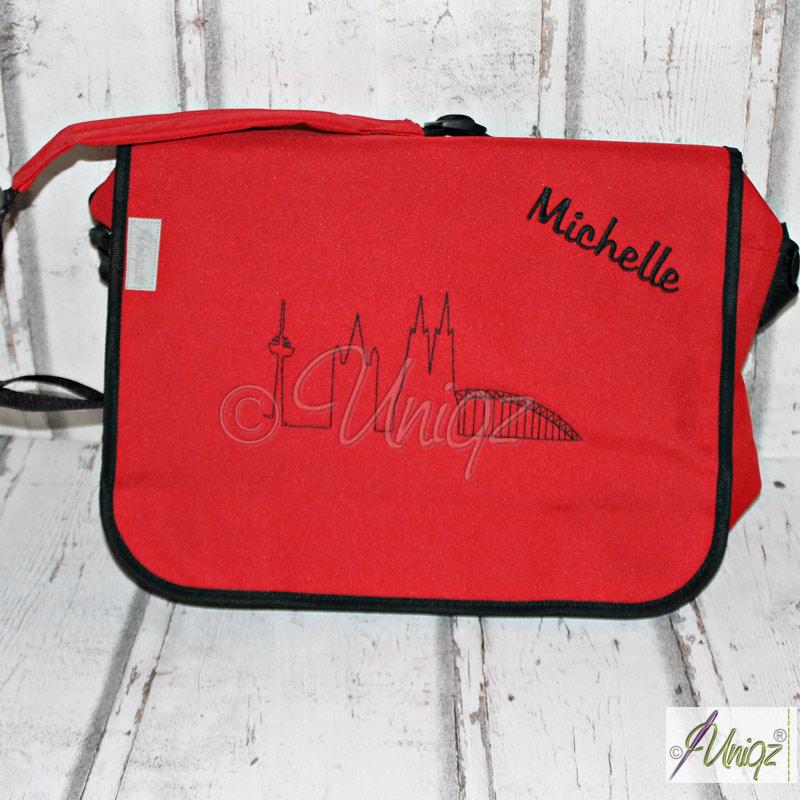 Messengertasche mit der Kölner Skyline und Namen bestickt