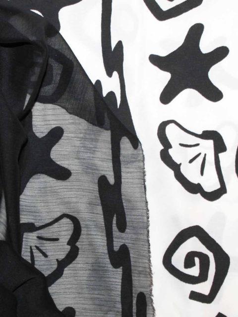 Webware Viscosemix, schwarz/weiß, ca. 190 x 140 cm + schwarzer Crinkle-Chiffon ca. 50 x 140 cm für Lagenlook   zusammen 8 €