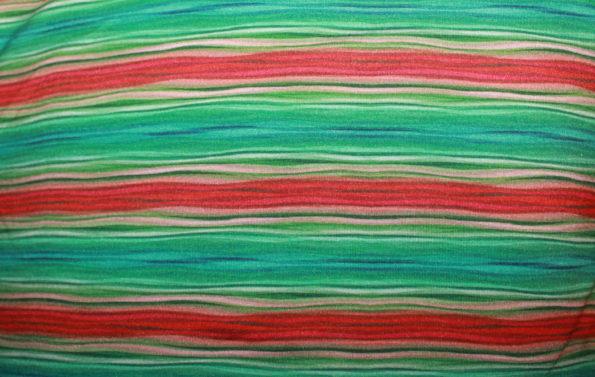 Viscose-Jersey, grün-rot, ca. 120 x 140 cm   4 €