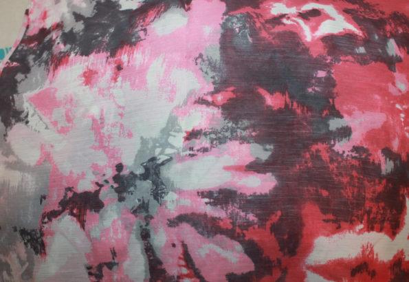 Viscose Crépe, rosa-weiß-grau-pink, ca. 160 x 140 cm   4 €