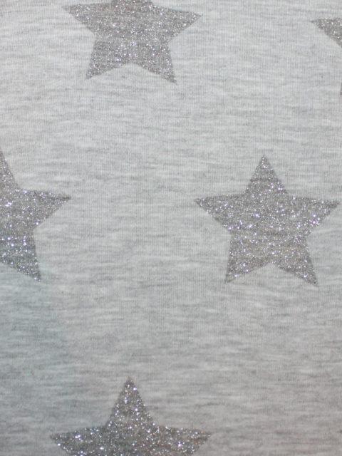 Bw.-French Terry mit Glitzersternen, grau, ca. 90 x 120 cm + Anschnitt   4,- €