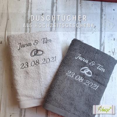 2 Duschtücher mit Ringen als Hochzeitsgeschenk
